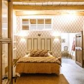 Bonne nuit «Place aux Herbes»  #chambredhotes #guesthouse #maisondhotes #lefooding #weekend #uzes #southoffrance #slowlife #maisonpleinsud